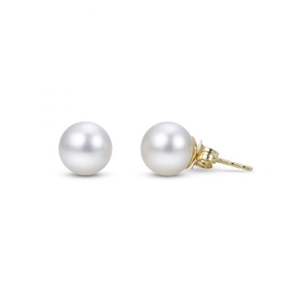 Round Freshwater Pearl Studs