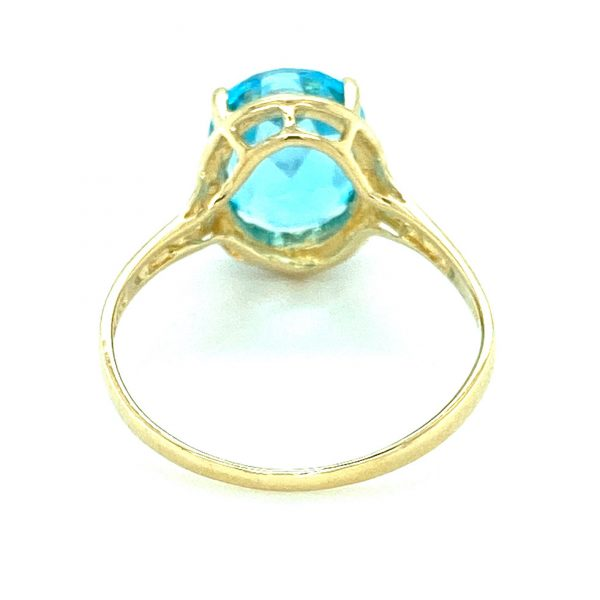 Estate Oval Blue Topaz Ring